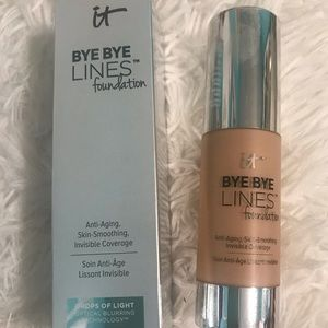 It Cosmetics BYE BYE LINES foundation  (medium)